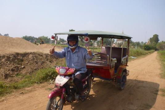 21tuktuk-Sang-Hay-driver